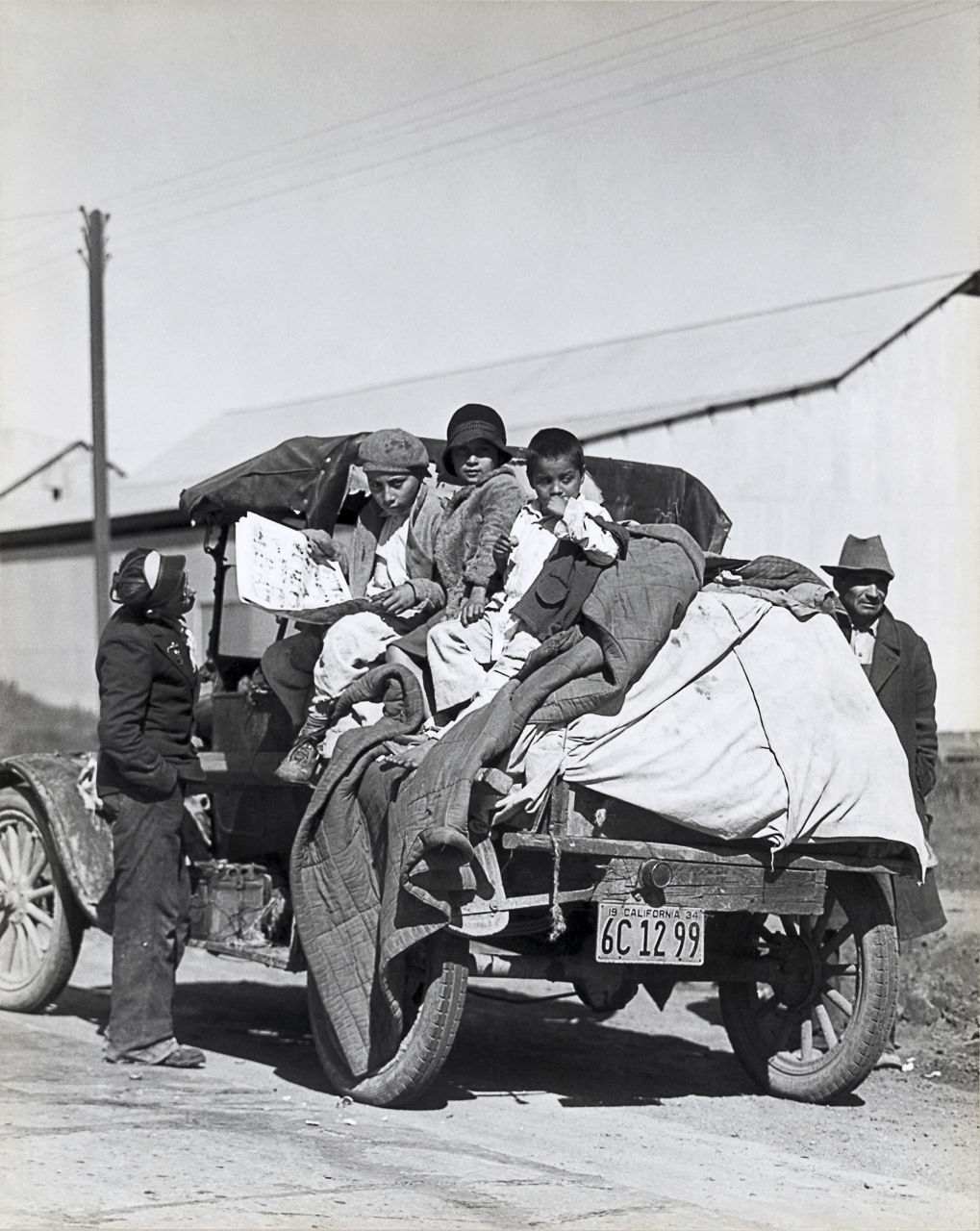 Dorothea Lange, <em>Establishment of rural rehabilitation camps for migrants in California.</em> March 15, 1935