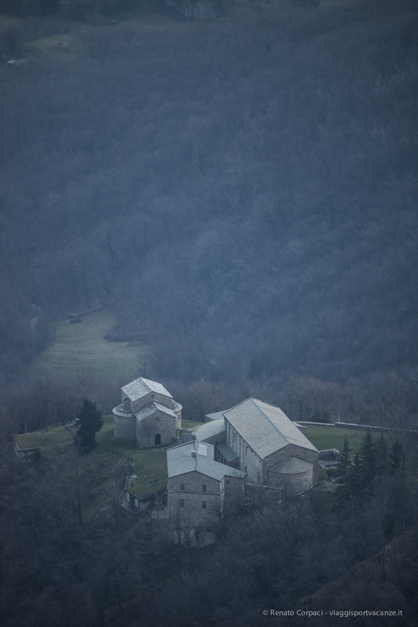 L'abbazia vista dal Rifugio Marisa Consiglieri al Monte Cornizzolo